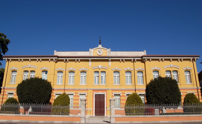 biblioteca-zanella